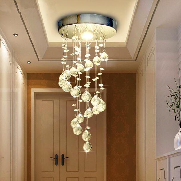 Бытовые светильники потолочные led выпускаются более экономной невысокой мощности.