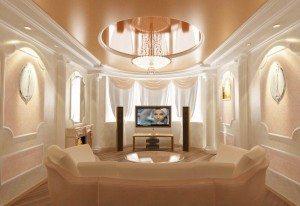 Комбинированные потолки сочетают различные фактуры для создания совершенного интерьера