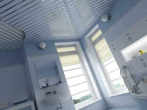 Санузел с потолками из алюминия – это красиво
