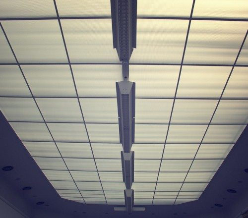 Армированные стеклотканью панели вполне могут быть полупрозрачными и скрывать подсветку. Все зависит от связующих смол.