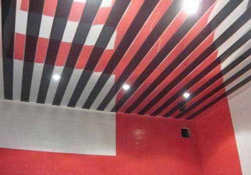 Такой потолок делает вашу ванну очень стильной