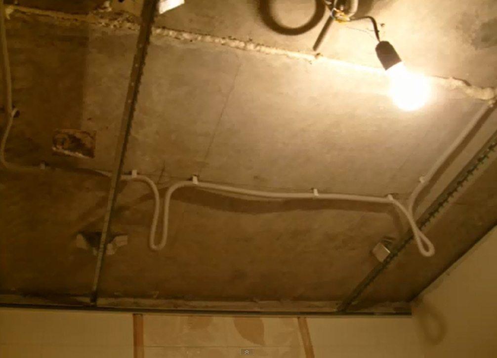 Подвесные потолки реечные для ванной своими руками: фото- и видео-инструкция