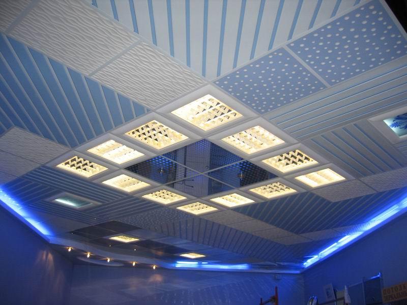 Светильники встраиваемые потолочные квадратные на армстронге
