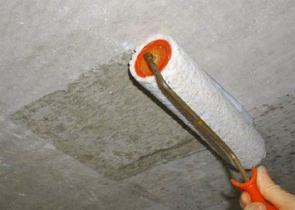 Адгезивный грунт – идеальная подготовка бетонного потолка под шпаклевку