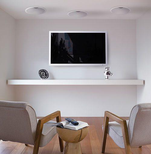 Потолочная акустика в зоне отдыха современного офиса