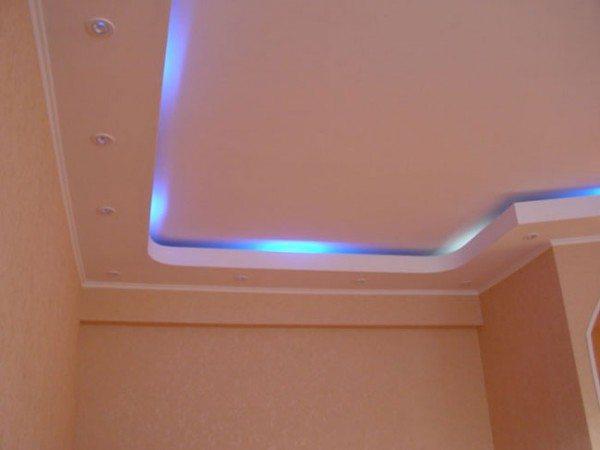 Американский тип освещения потолка