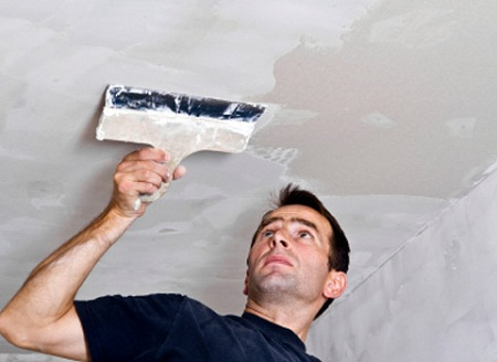 «Подготовка поверхности потолка под отделку»