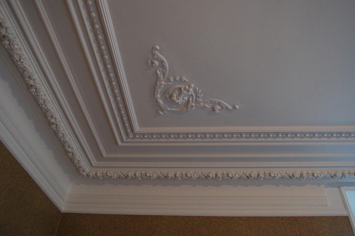 Потолок ремонт своими руками фото