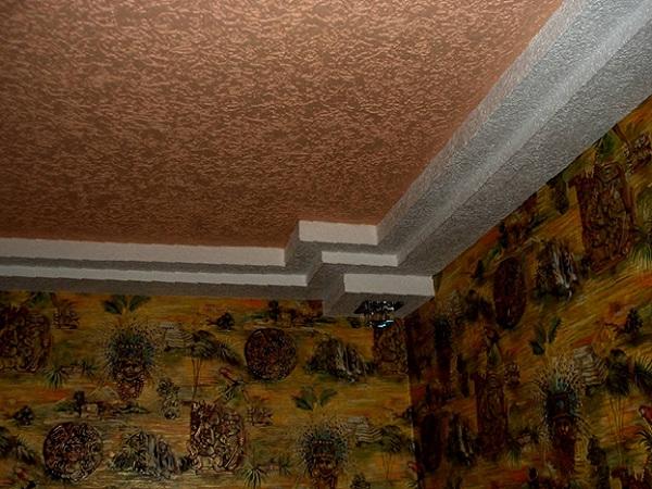 Как сделать потолок декоративной штукатуркой