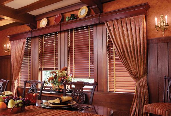 Декоративные возможности деревянных изделий для штор практически безграничны
