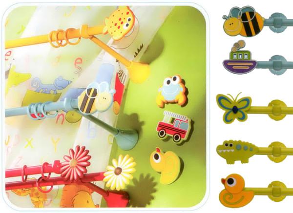 Детские нестандартные карнизы для штор можно создать своими руками, используя яркие мультипликационные наконечники