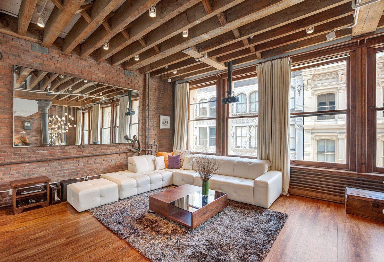 меня деревянный потолок в квартире фото фотографию сразу
