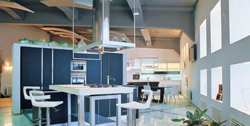 Потолок с балками в стиле хай-тек