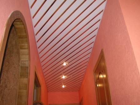Фигурные потолки из гипсокартона: особенности конструкции