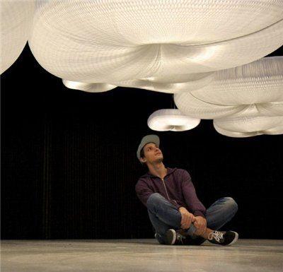 Дизайнерские потолочные светильники в виде облаков