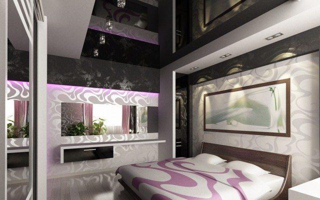 Уникальный глянцевый черный потолок в спальне сделает ее шедевром дизайна