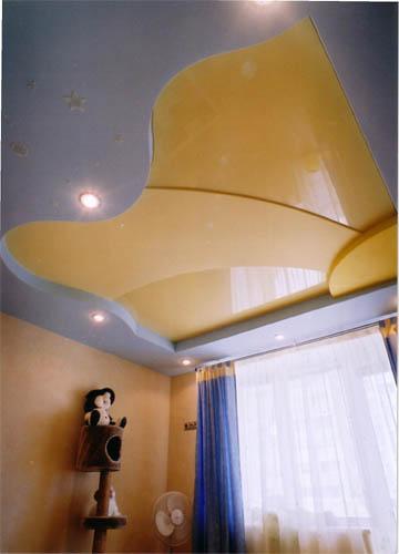 Дизайн потолков в детских комнатах — это особый шарм и полет фантазии