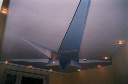 Нанесение на потолок из гипсокартона фигур и многоугольников