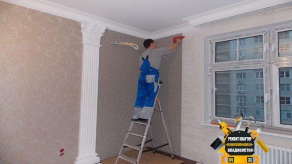 Правильно подготовленные стены залог хорошо держащихся обоев.