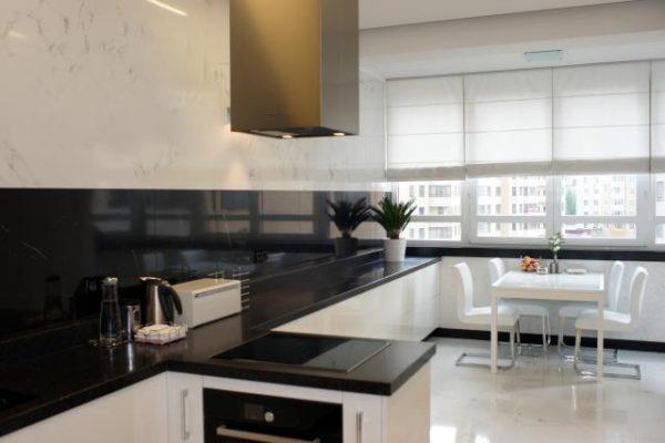 Кухня в новой квартире Анфисы Чеховой