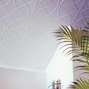 Интересная частична покраска белой пенопластовой плитки