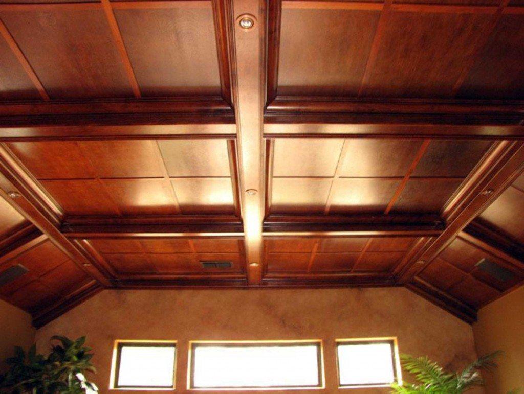 Потолочная отделка в деревянном доме