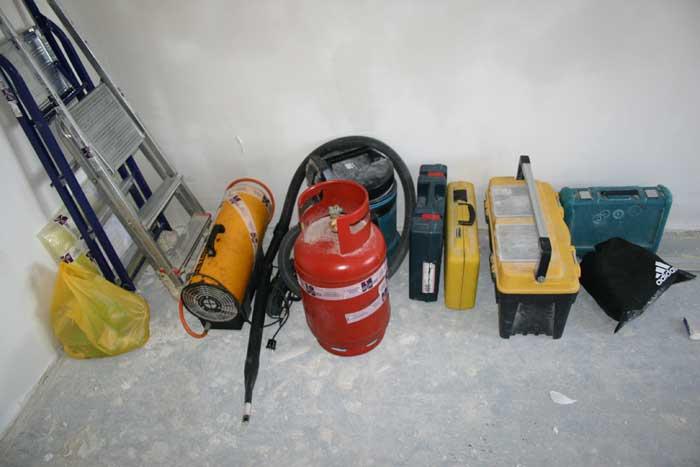 Набор инструментов для монтажа потолков