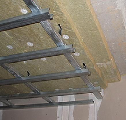 Навесные потолки в спальне: советы дизайнеров