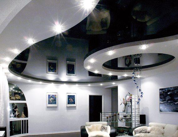 Потолки натяжные имеют красивый вид и достаточно легки в уходе.