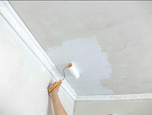Окраска оставит потолок высоким.