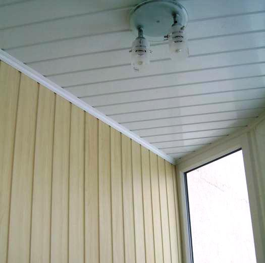 Результат монтажа панелей на балконе