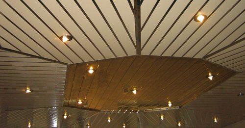 Реечный потолок — фантазируй, как хочешь