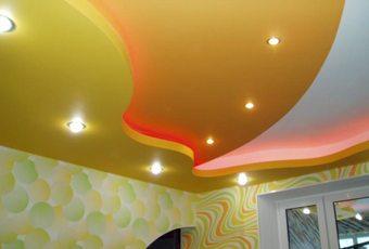 Многоуровневые потолки из ГКЛ очень красивы.