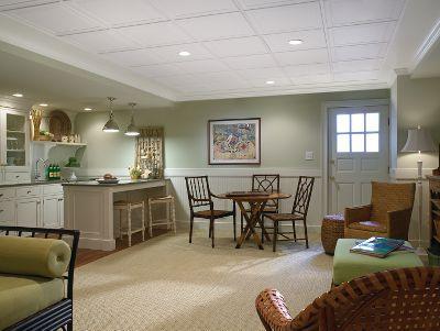 Потолок типа «Армстронг» на кухне