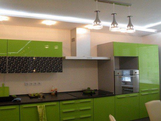 Гипсокартон - решение не идеальное, но позволяет сделать потолок очень красивым