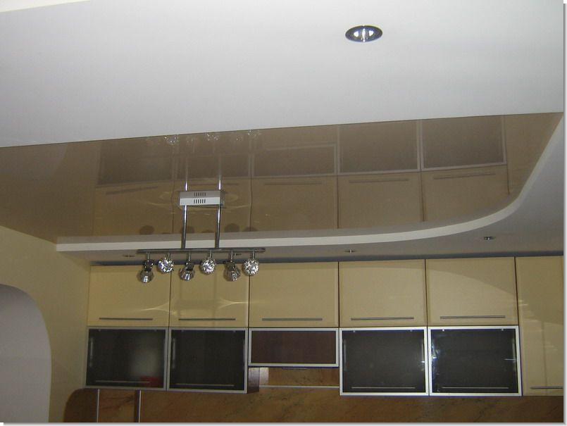 кухни фото потолок