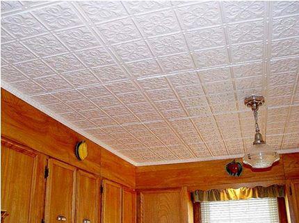 Декоративные плиты из пенополистирола на потолок в кухне