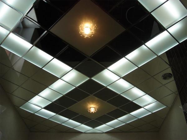Кассетные металлические панели для потолков