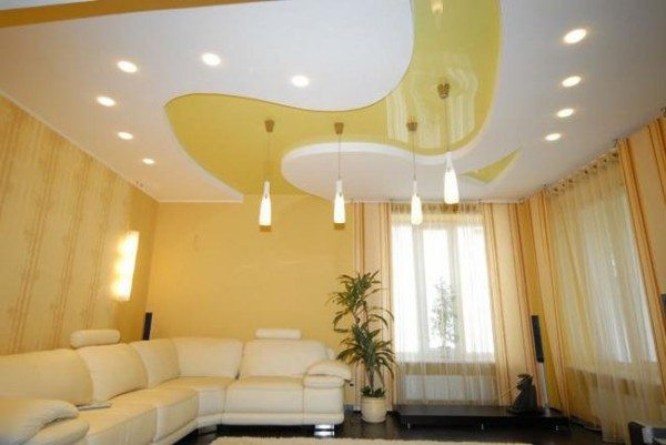 Комбинированный потолок – это неотразимый вид комнаты