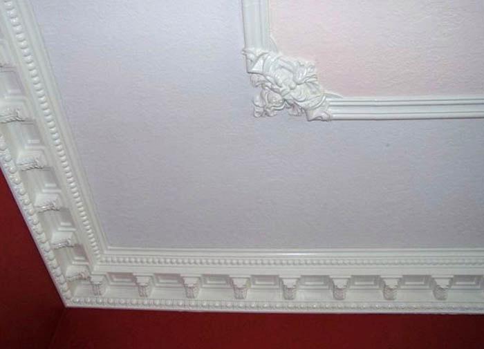 Потолки крашеные