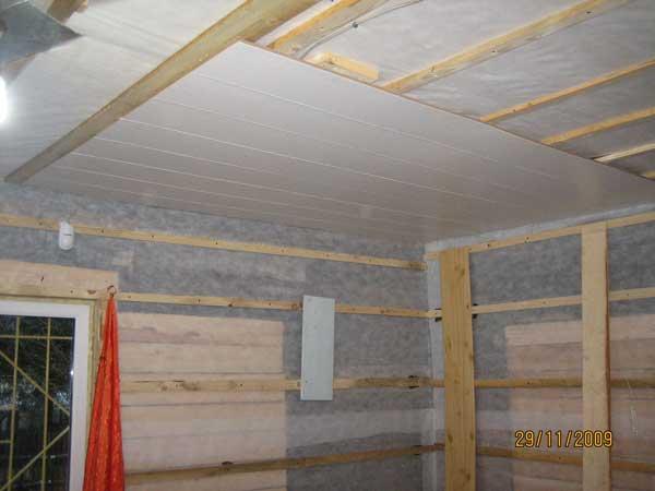 Монтаж потолочных пвх панелей