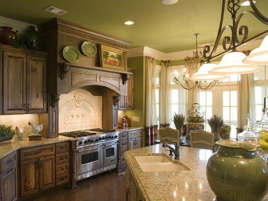 Матовые краски - очень популярный вид потолочного покрытия. Давайте узнаем о них побольше.