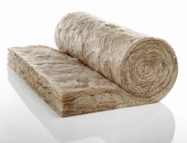 Минвата позволяет качественно теплоизолировать потолочное перекрытие