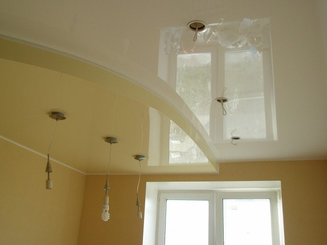 Technique pose placoplatre plafond tarif horaire batiment for Raccord lambris pvc plafond