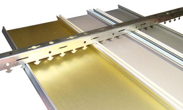 Монтаж реечного потолка: как установить алюминиевый вариант своими руками, видео-инструкция и фото