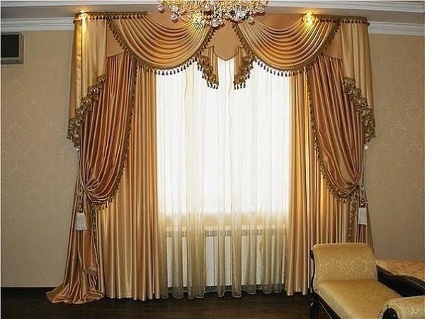 Нарядное оформление окна