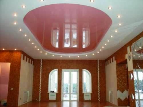 Натяжные потолки розовые глянцевые