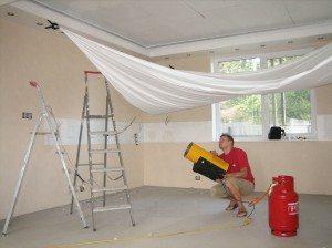 Способ нагрева ПВХ полотна неприменим для тканевых потолков