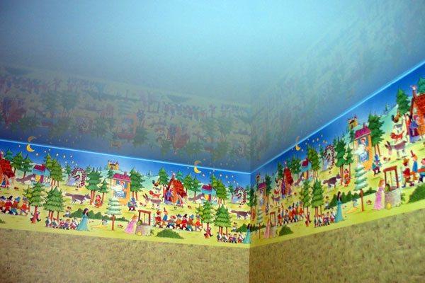 Натяжной потолок: ровная поверхность и минимум разрушений