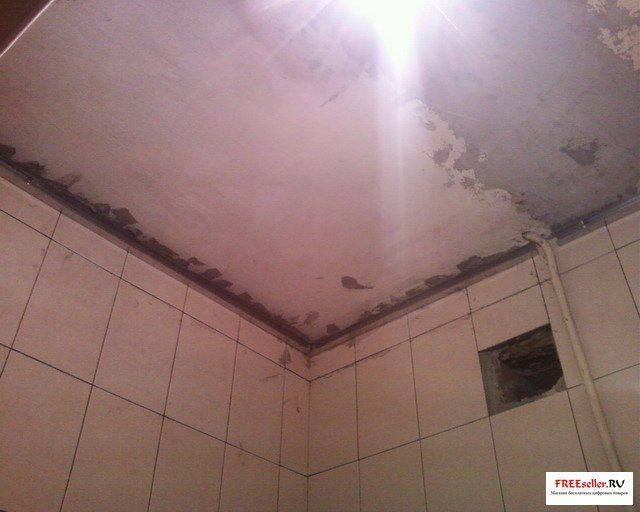 Как сделать потолок ванной из пластика